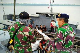 TNI AL kembali amankan 22 pekerja migran ilegal dari Malaysia