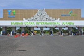Bandara Juanda alihkan seluruh penerbangan domestik ke Terminal 1
