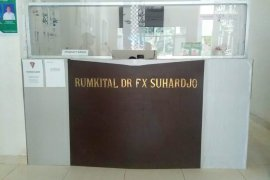 Rumkital dr. FX. Suhardjo Lantamal IX/ Ambon pulangkan pasien sembuh COVID-19