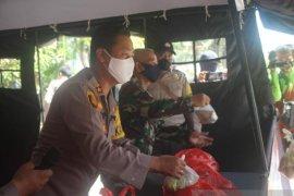 Polisi-TNI di Bangka Tengah dirikan dapur lapangan