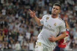 Real Madrid tawarkan Luka Jovic ditukar  dengan Fabian Ruiz dari Napoli