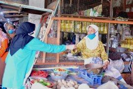 TP PKK Kota Kediri ajak warga selalu gunakan masker