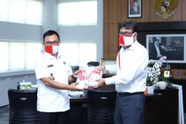 BNN Aceh sumbang masker untuk Unsyiah