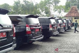 Anggaran pengadaan mobil dinas bupati-wabup Sampang dipangkas untuk COVID-19