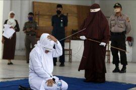 Eksekusi hukuman cambuk tetap digelar di saat pandemi COVID-19