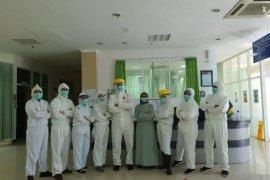 Perjuangan tak kenal lelah para Kartini Jember tangani pasien COVID-19