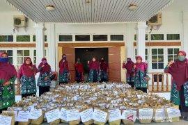 GOW HSS peduli bagikan ratusan paket sembako