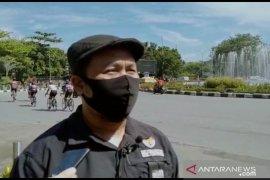 KPID-KI-KPPAD Kalbar bagikan masker ke masyarakat cegah COVID-19