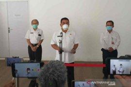 Seorang perawat di Cirebon positif COVID-19 tertular pasien
