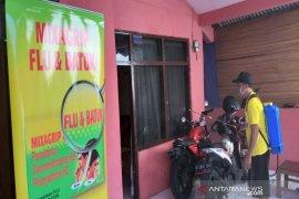 Aksi sehat Mixagrip lakukan penyemprotan disinfektan di Kelurahan Jagakarsa