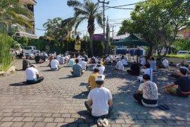 209 pekerja migran asal Denpasar jalani karantina di rumah singgah