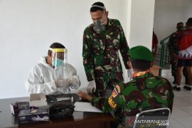 Personel Korem 133 Gorontalo jalani tes cepat COVID-19