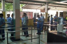 Disnaker Kota Tangerang pantau protokol kesehatan PSBB 174 perusahaan