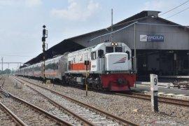Kemarin, diskon kereta api sampai harapan momentum pertumbuhan ekonomi