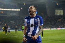 Liga Inggris: MU resmi beli Alex Telles dari Porto