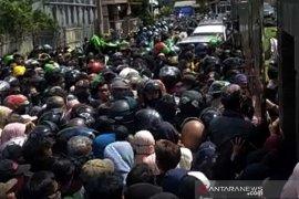 Kapolda Banten ingatkan protokol kesehatan dan hindari kerumunan