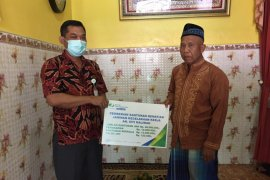BP Jamsostek Rungkut serahkan santunan klaim meninggal dunia
