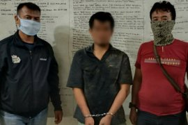 Pelaku pencurian ditangkap saat minum tuak di perbatasan Asahan