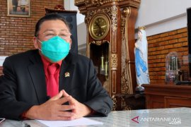 "Cornelis ingatkan masyarakat perbatasan terdampak ""lockdown"" Malaysia"