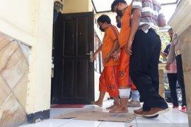 Pencuri modus pecah kaca mobil di Karawang ditembak polisi