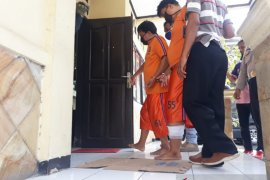 Polisi Karawang tembak pencuri modus pecah kaca mobil