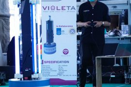 ITS-Unair kolaborasi ciptakan robot sterilisasi COVID-19 berbasis sinar UV