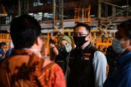 Ridwan Kamil tinjau ventilator Indonesia buatan PTDI