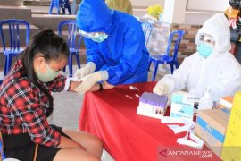 "30 pekerja migran Desa Bondalem-Buleleng jalani ""rapid test"""