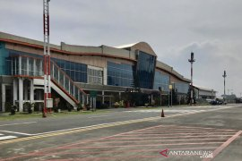 Bandara Abd Saleh Malang hentikan layanan penerbangan
