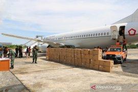Gunakan pesawat Boeing 737, bantuan APD didistribusi ke Kaltara-Makasar-Gorontalo