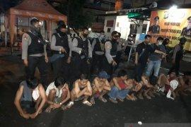 Polres Bekasi Kota amankan 13 remaja diduga akan tawuran