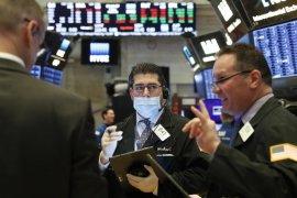 Wall Street menguat karena sentimen pasar terangkat paket bantuan Virus Corona