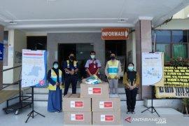 Hutama Karya salurkan APD ke RSDP Serang
