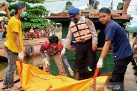 Satpolair Banjarmasin selidiki mayat laki-laki mengapung di Sungai Martapura