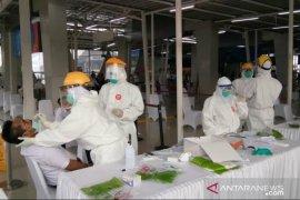 Tes swab di stasiun Bogor untuk petakan potensi penularan COVID-19 di KRL