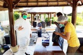 """Bupati Buleleng pantau langsung """"rapid test"""" pekerja migran di hotel"""
