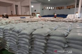 21.331 paket sembako untuk warga terdampak COVID-19 di Madina segera disalurkan