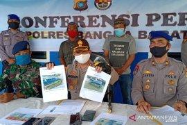 10 penumpang kapal angkutan ilegal dikarantina di Bangka Barat