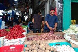Bawang merah lokal tembus Rp50.000 per kilogram di Banda Aceh