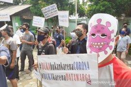Dewan Jabar mewanti-wanti pemerintah daerah  antisipasi gejolak sosial dari bansos