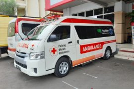PMI modifikasi ambulans untuk bantu evakuasi pasien COVID-19