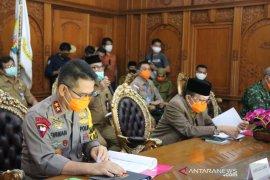 Kapolda Jambi rapat bersama stakeholder terkait pencegahan karhutla