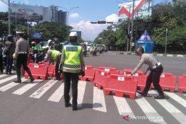 Polrestabes perluas penyekatan dengan menutup Jalan Buah Batu Bandung