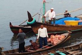 """FPI Langkat """"grebek dhuafa"""" di empat kecamatan"""