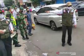 Forkopimda Kota Sukabumi razia warga tidak gunakan masker