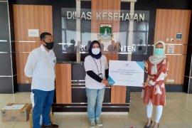 Garuda Indonesia salurkan APD ke klinik dan Dinkes Banten