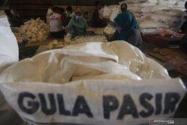 Disperindag Garut: Harga gula pasir di pasaran belum stabil