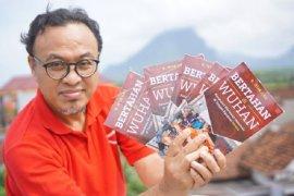 "Pewarta ANTARA tulis buku ""Bertahan di Wuhan: Kesaksian Wartawan Indonesia di Tengah Pandemi Corona"""
