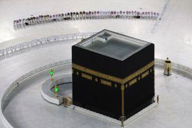 Masjidil Haram dan Masjid Nabawi segera dibuka