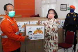 KAI Cirebon salurkan 700 paket sembako bagi warga